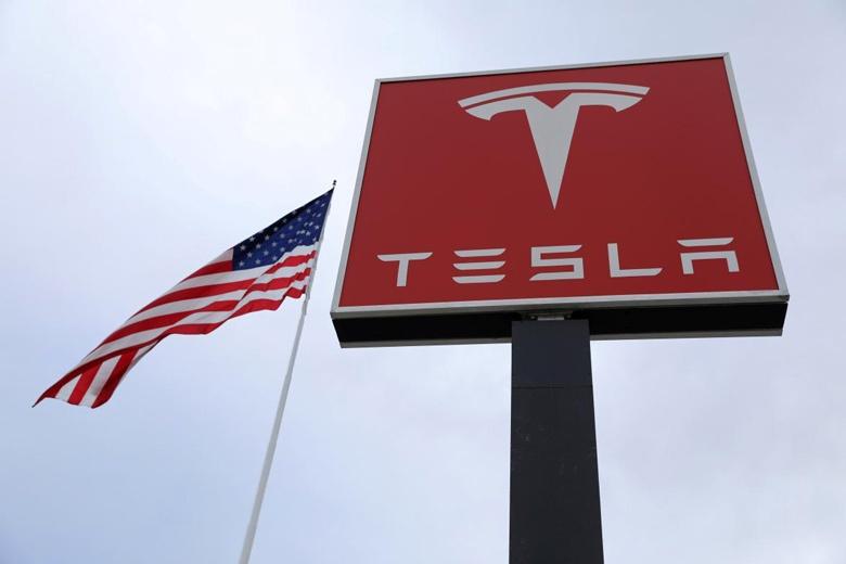 Tesla завершила квартал рекордными убытками и отложила поставки седанов Model 3