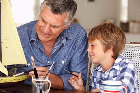 Мужчинам старшего возраста не стоит заводить детей