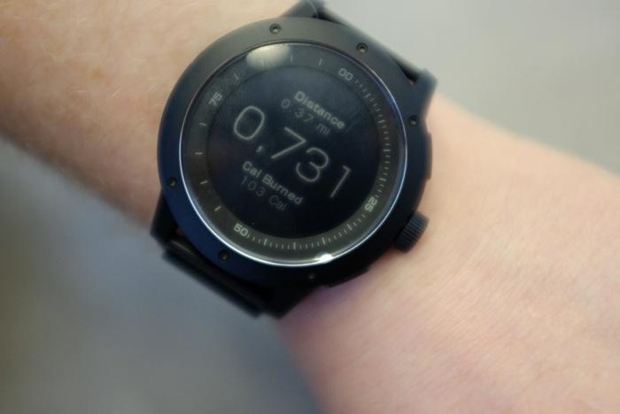 Умные часы PowerWatch, которые не нужно заряжать, поступили в продажу