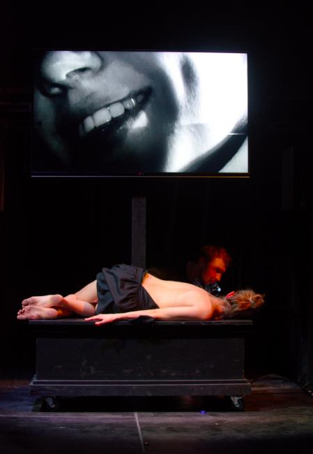 Шекспиру такое и не снилось: ИТ на театральной сцене быть - 18