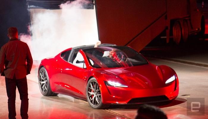 Представлен обновленный электромобиль Tesla Roadster, который будет выпущен в 2020 году