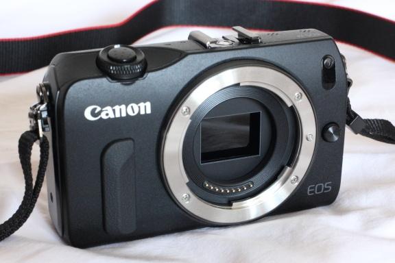 Canon EOS M, модифицированный для съёмки в ИК-диапазоне