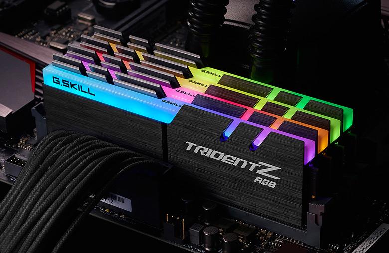 По данным производителя, это первые наборы DDR4, работающие на эффективных частотах 4000 МГц и более с задержками CL17