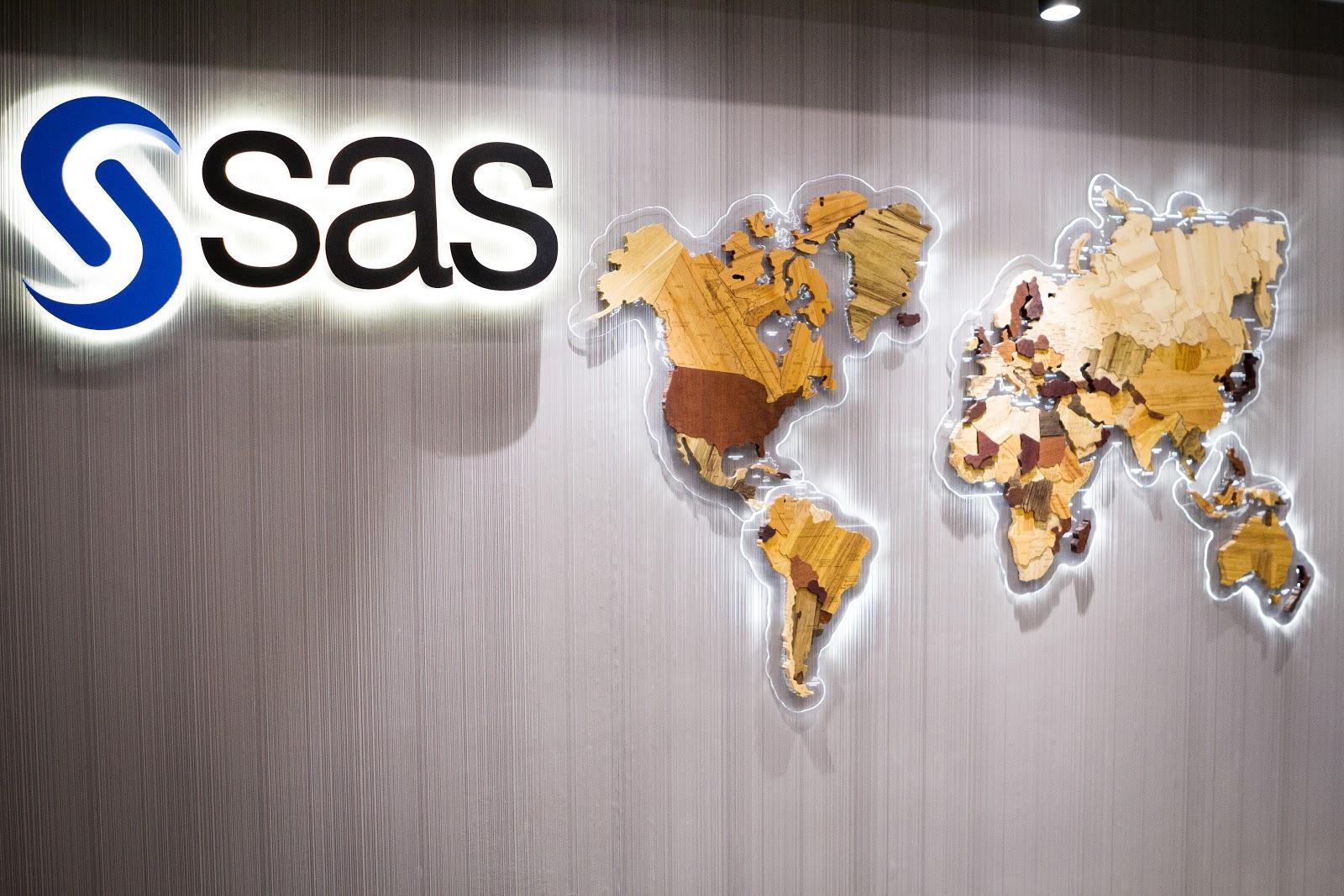 SAS: мы анализировали данные и обучали модели задолго до того, как это стало модным - 1