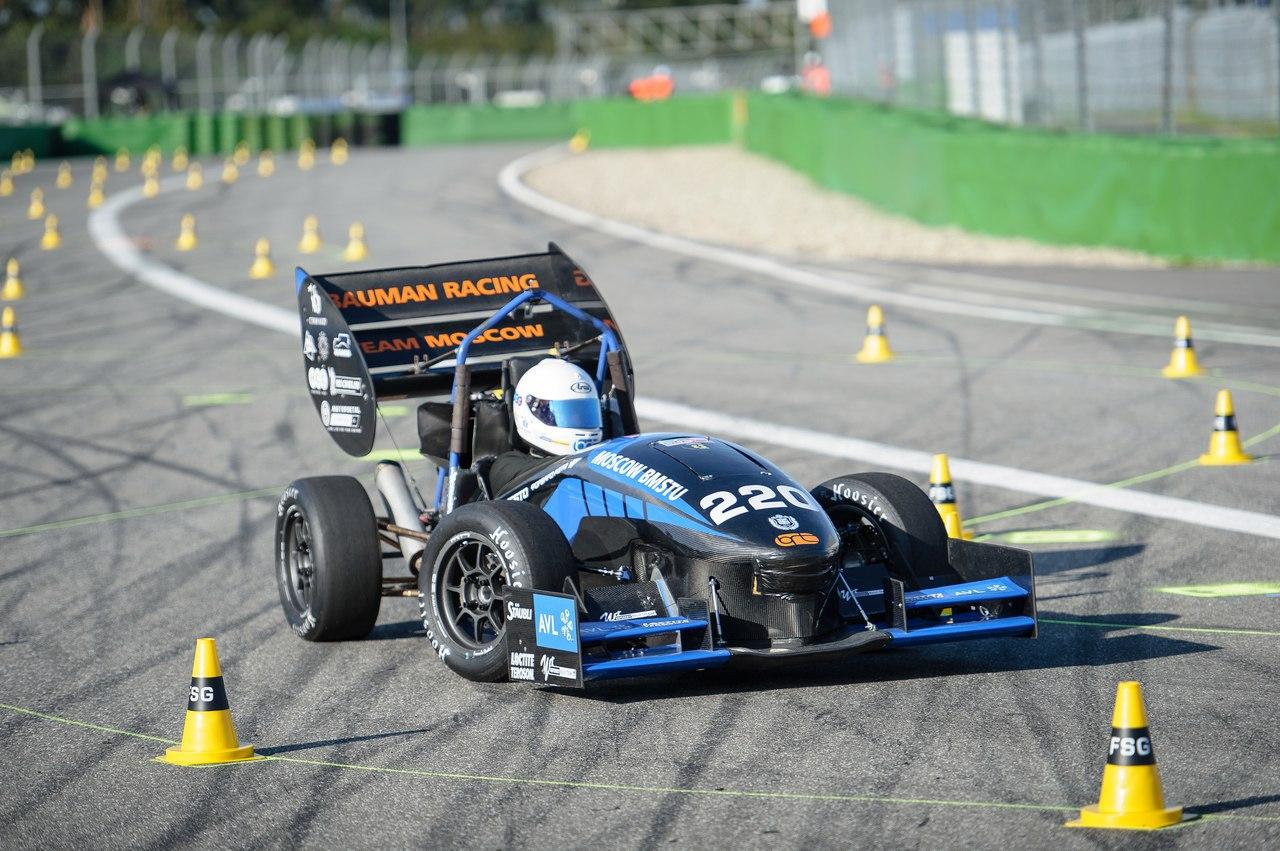 Bauman Racing Team и «Формула студент»: как Lenovo ThinkServer помогает побеждать в европейских гонках - 3