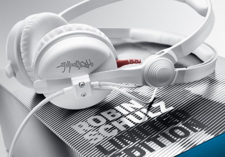 Диапазон воспроизводимых частот HD 25 Robin Schulz Edition равен 16-22000 Гц