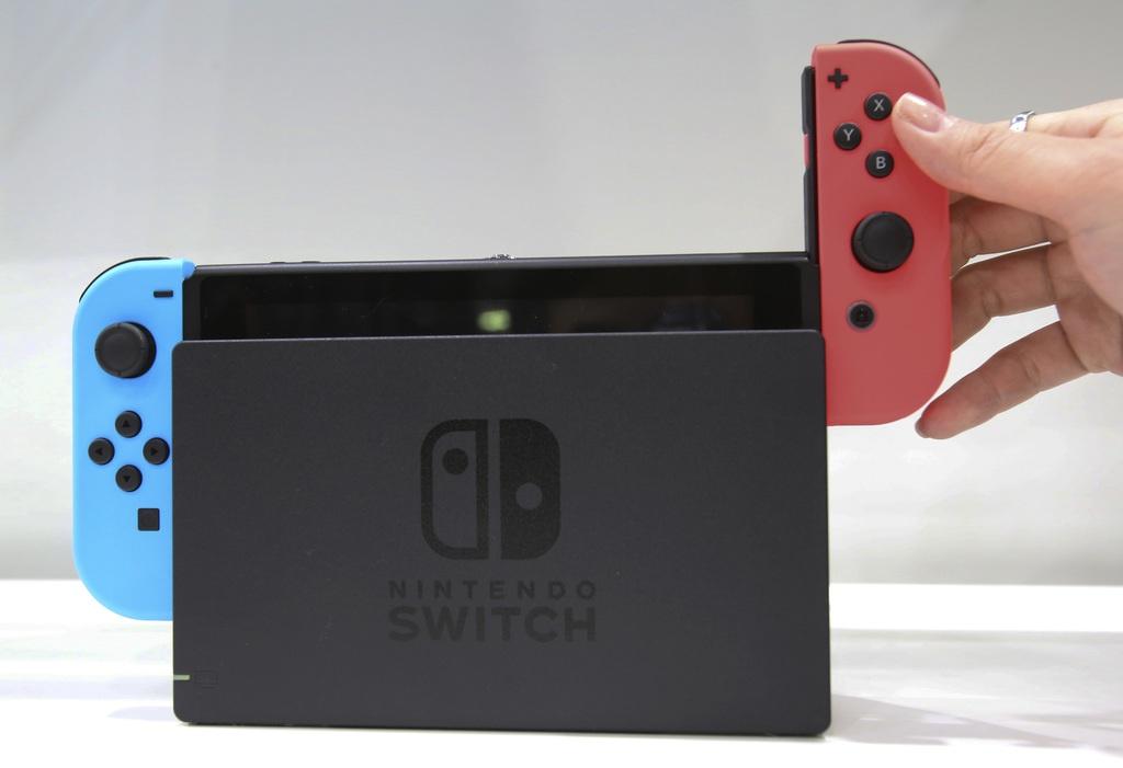 Switch назвали лучшим гаджетом 2017 года. Откуда такой успех - 1