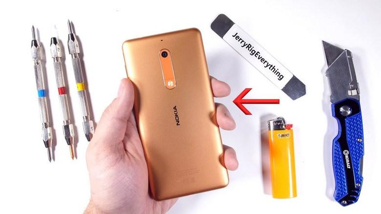 Смартфон Nokia 5 отлично прошёл тесты JerryRigEverything