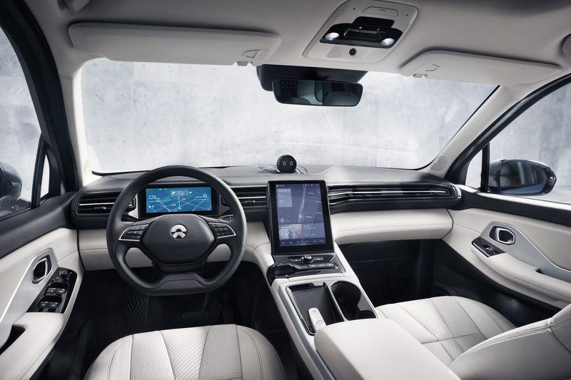 Китайская компания NIO представила электровнедорожник c ценой в два раза ниже, чем у Tesla Model X - 2