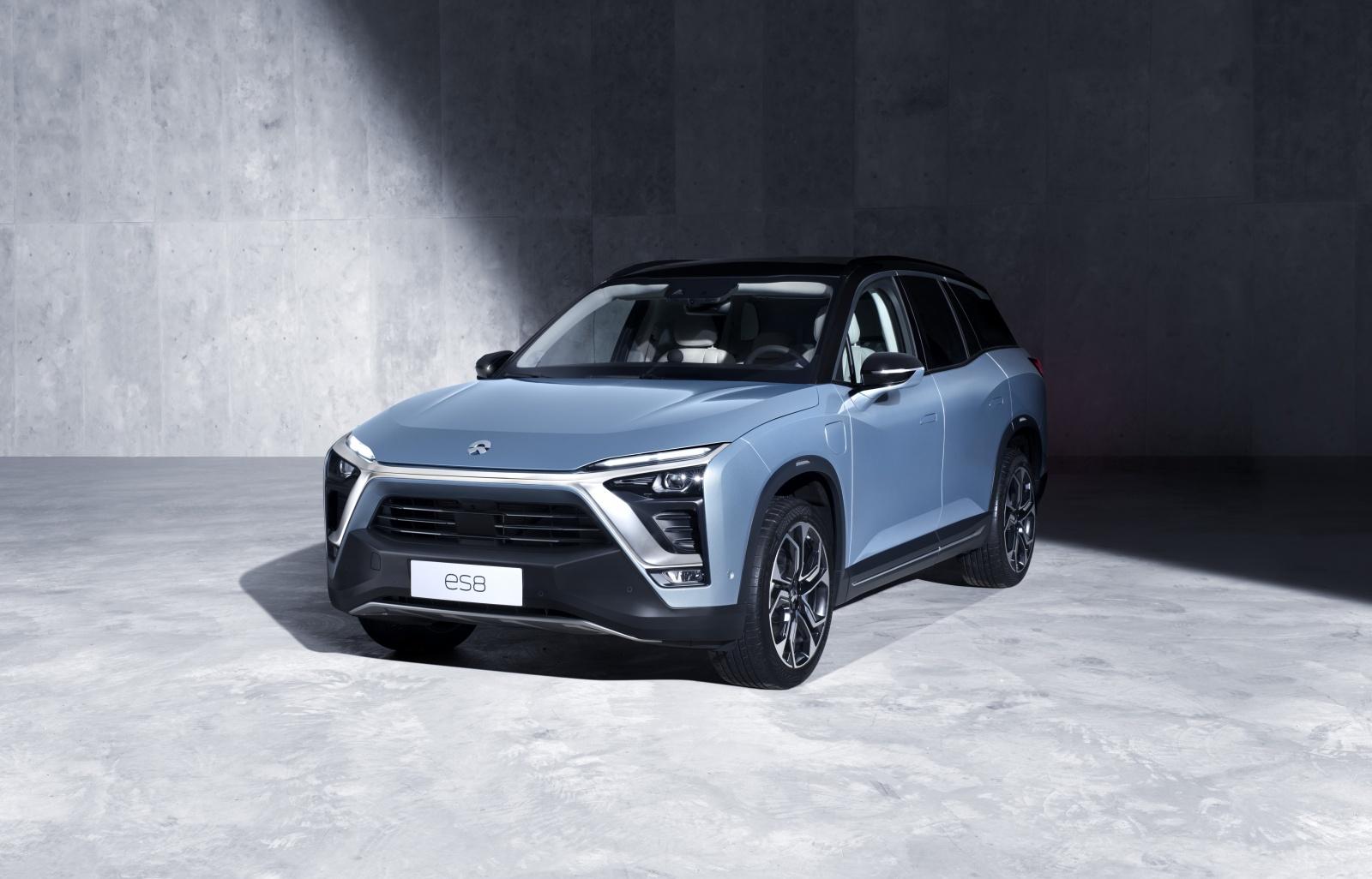 Китайская компания NIO представила электровнедорожник c ценой в два раза ниже, чем у Tesla Model X - 1