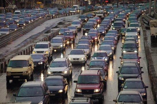 Ученые рассказали, как себя вести при попадании в дорожный затор