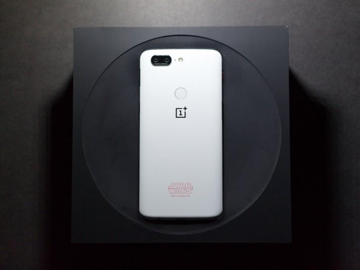 Смартфон OnePlus 5T Star Wars Limited Edition был представлен в начале декабря