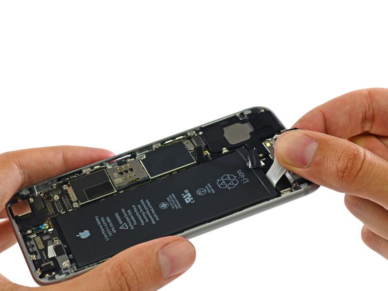 Замена аккумулятора в старом iPhone теперь стоит $29