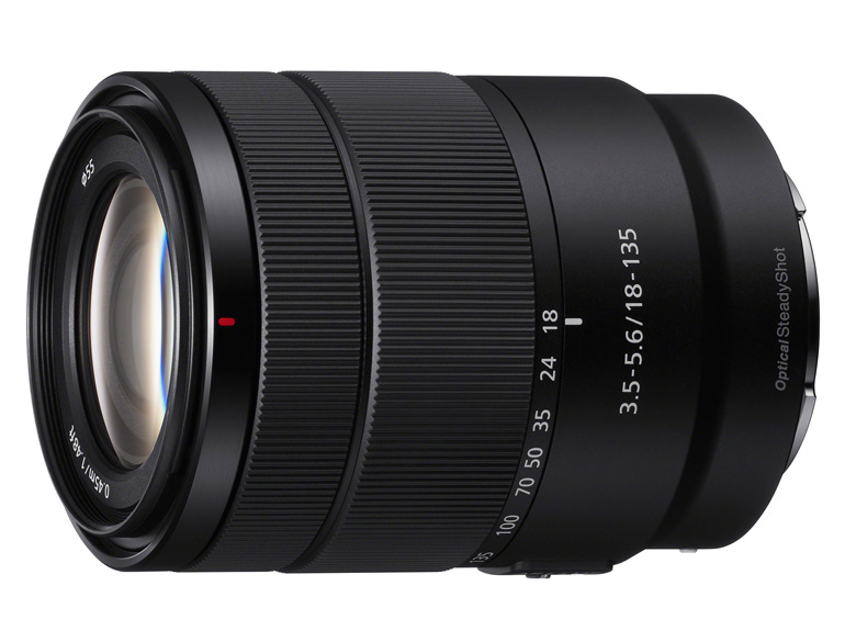 В продаже объектив Sony E 18-135mm F3.5-5.6 OSS должен появиться в феврале по цене около $600