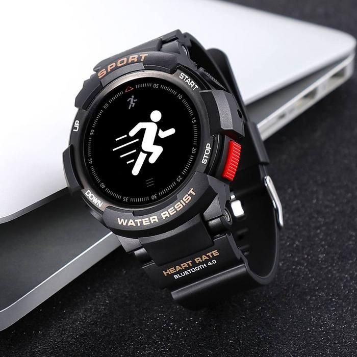 Спортивные умные часы No.1 F6 имеют степень защиты IP68