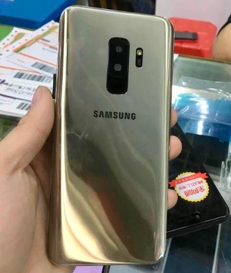 Опубликованы новые фотографии клона смартфона Samsung Galaxy S9+