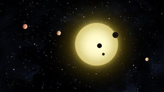 Первые экзопланеты были обнаружены за Млечным Путем