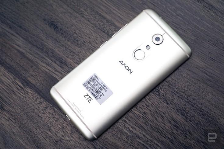 Смартфон ZTE Axon 7