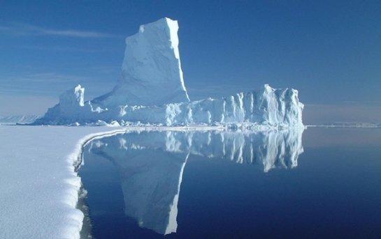 Разлив нефти в Арктике сложнее всего ликвидировать