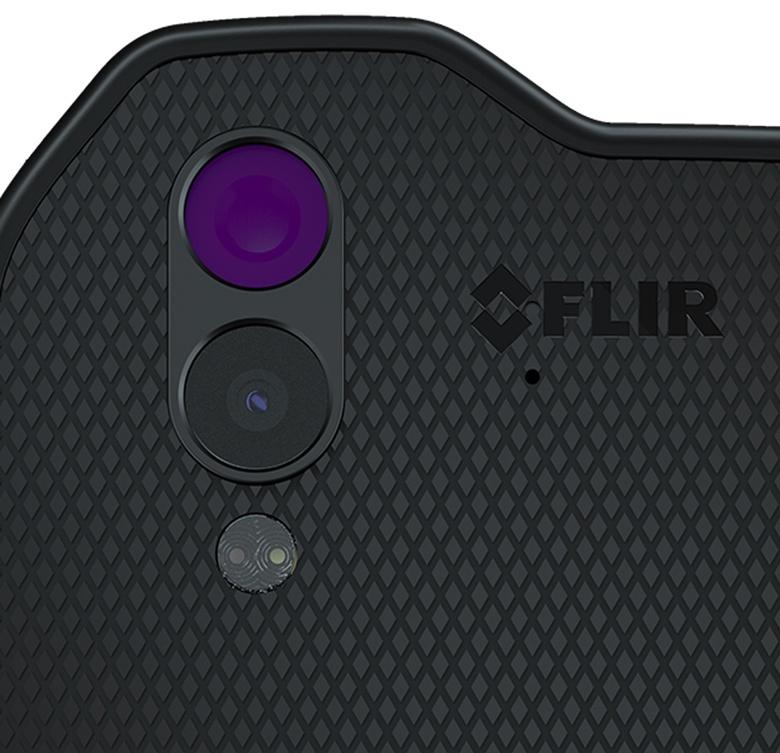 Тепловизор FLIR Lepton очень похож на обычную встроенную камеру