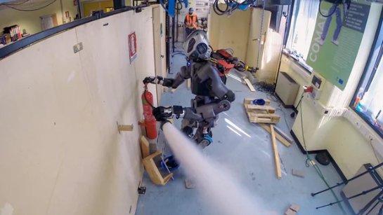 Экспериментальный пожарный робот будет учавствовать в испытаниях