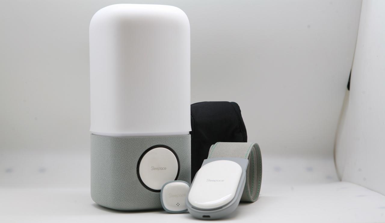 Гаджеты для сна от Sleepace: умная лампа, трекер Xiaomi и наушники-маска - 1