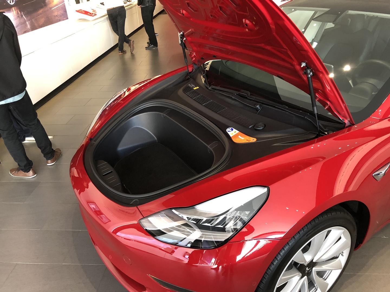 Знакомство с Tesla Model 3 - 12