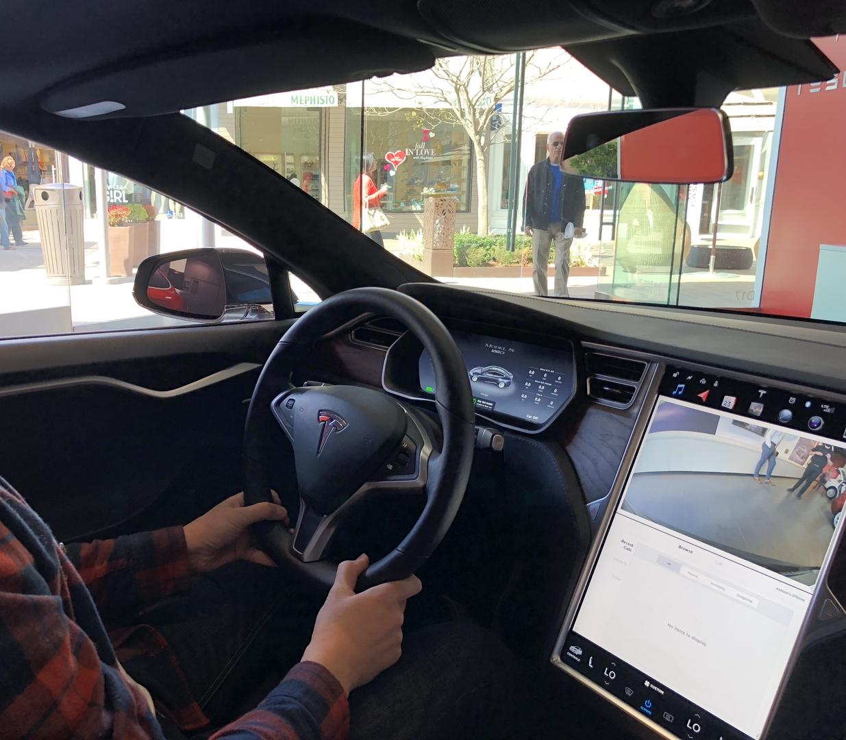 Знакомство с Tesla Model 3 - 18