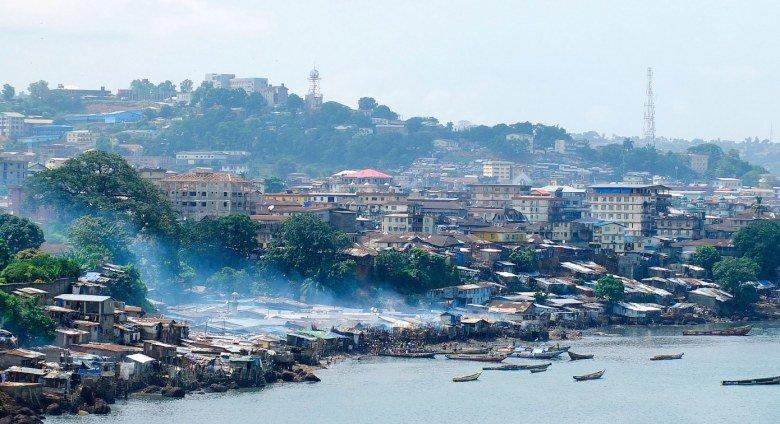 В Сьерра-Леоне прошли первые в мире президентские выборы с использованием технологии блокчейна - 1