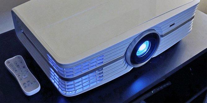 В этом году поставки проекторов 4К должны увеличиться на 75%