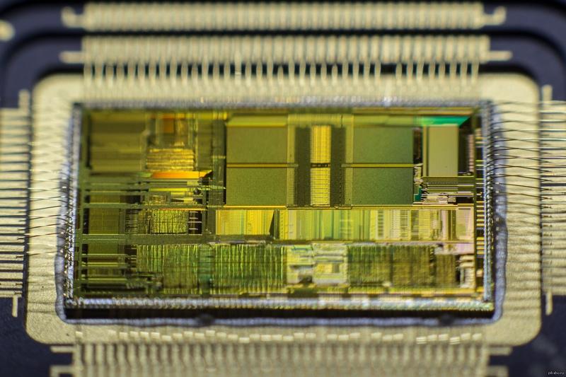 К своему 50-летию Intel выпускает коллекционные компьютеры на базе своих х86 процессоров, начиная с 286 - 2