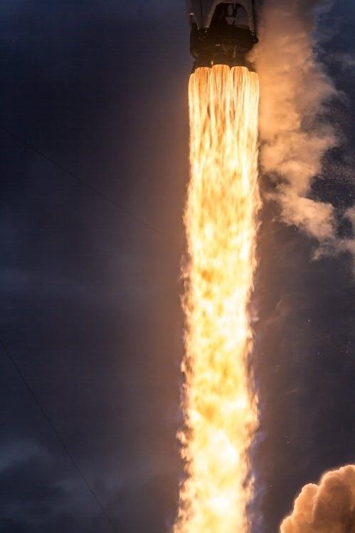 SpaceX достигла рекордной частоты пусков ракет: один раз в две недели - 3