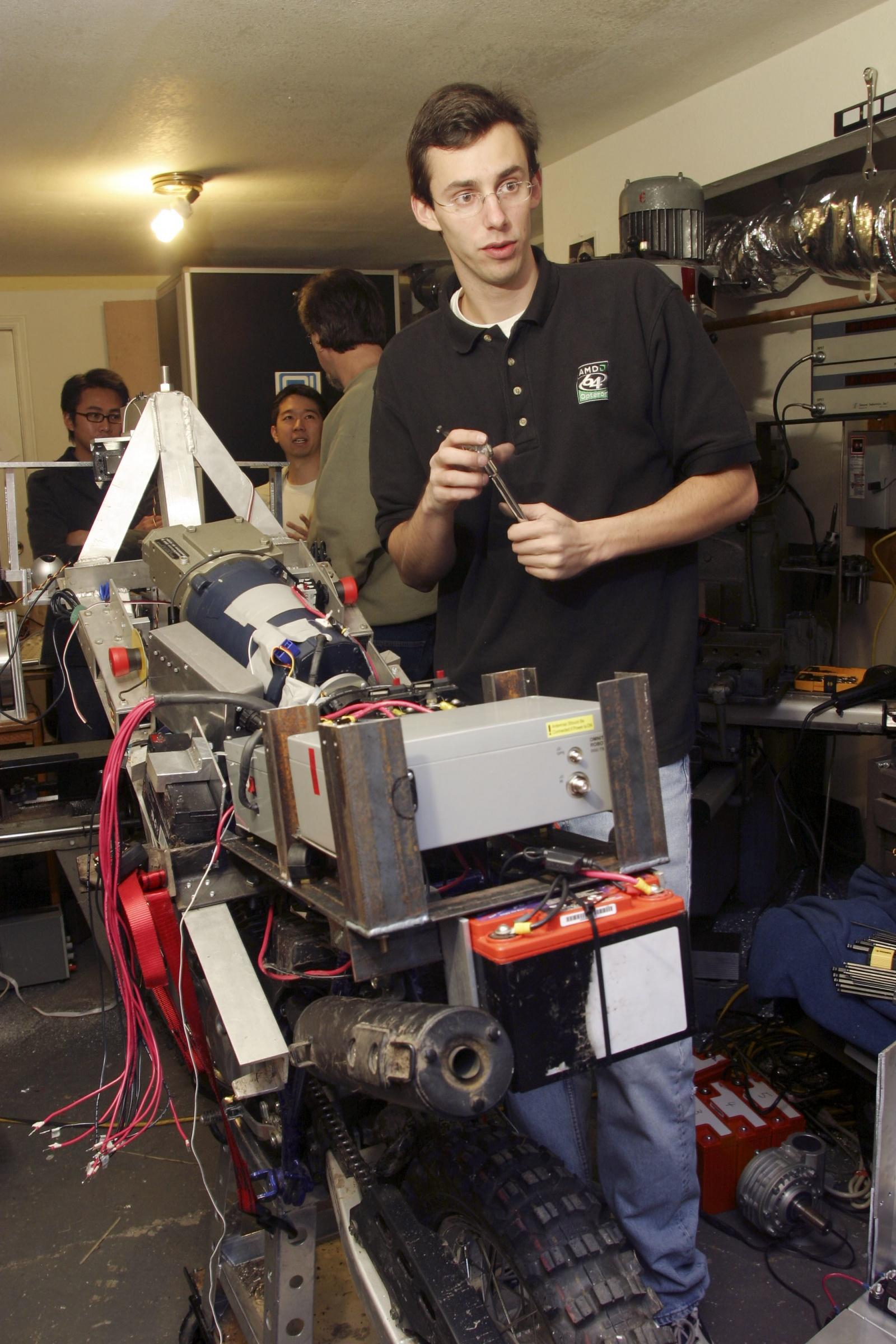 GhostRider: автономный мотоцикл, положивший начало карьере Энтони Левандовски - 2
