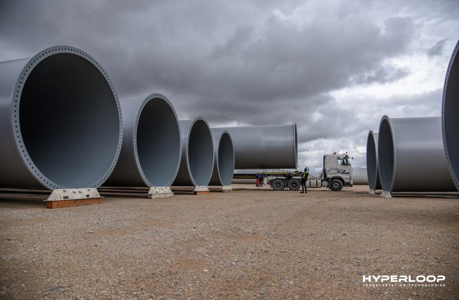 Hyperloop планирует построить первую ветку в Абу-Даби в 2019 году - 4