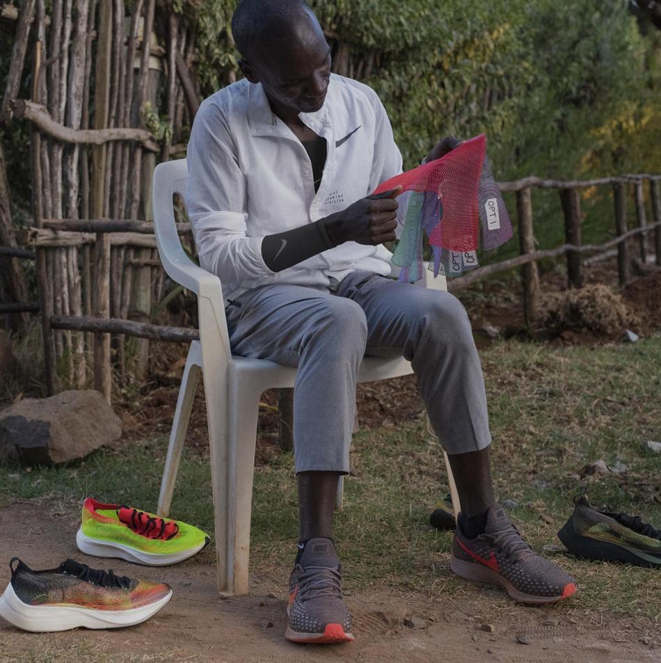 Как Nike 3D-печатает уникальные кроссовки для элитных бегунов - 5
