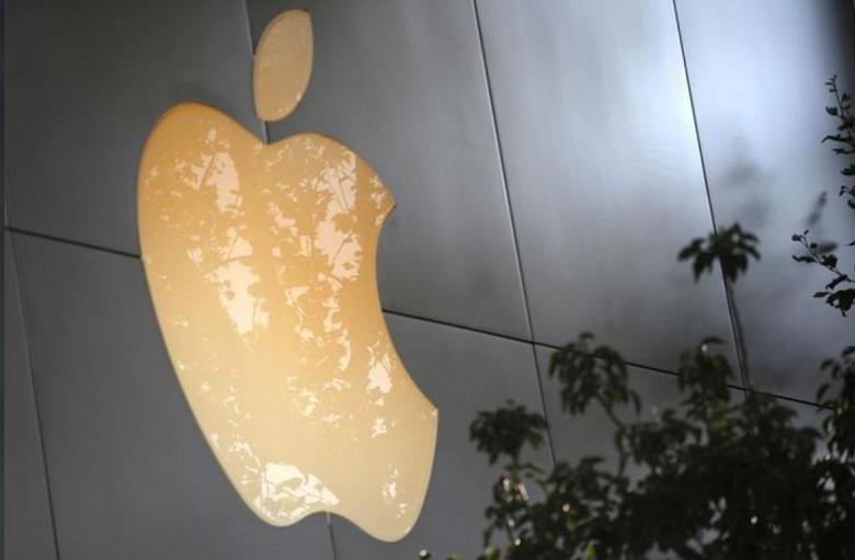 Apple пообещала бесплатно заменять вздувающиеся аккумуляторы в ноутбуках MacBook Pro