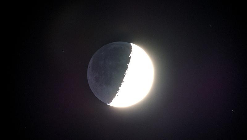 Почему на космических фотографиях не видно звёзд? - 17