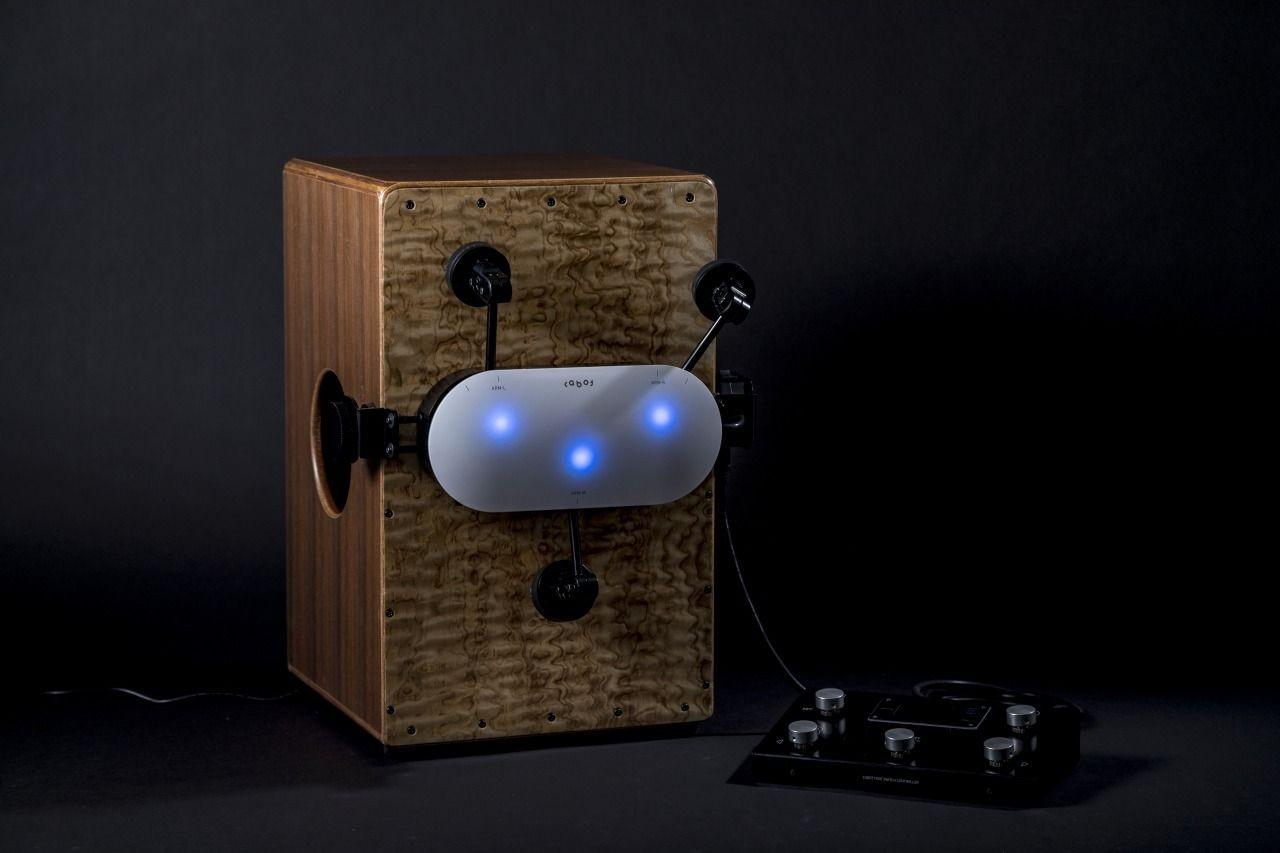 Перкуссионист с идеальным чувством ритма за $653 или как совместить смартфон, робота и кахон - 1