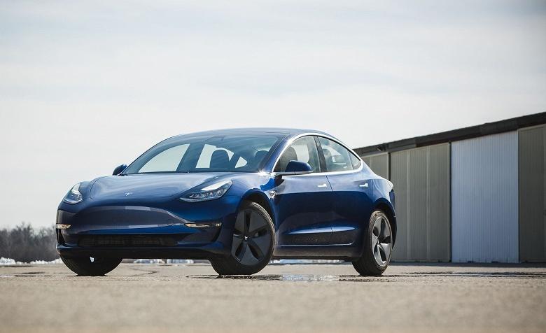 Чистый убыток Tesla превысил 700 млн долларов, но выручка при этом выросла на 27% - 1