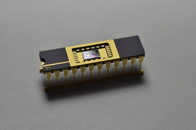 Первая микросхема :) - 1