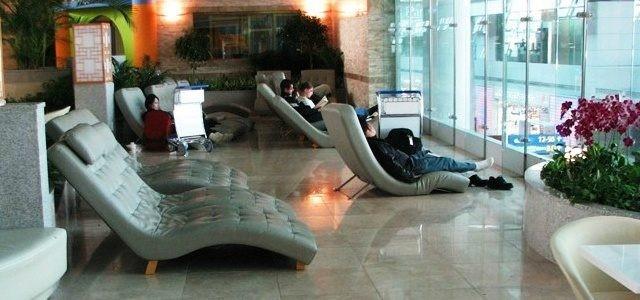 Про спящих в аэропорту: полезности и байки - 2