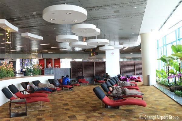 Про спящих в аэропорту: полезности и байки - 1