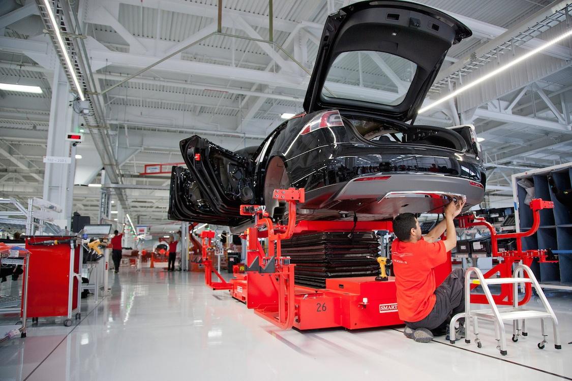 У Tesla Inc зафиксирован рекордный убыток, но объем производства растет - 2