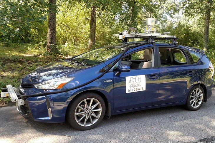 MIT хотят научить автономные автомобили ориентироваться на дороге без помощи навигационного ПО