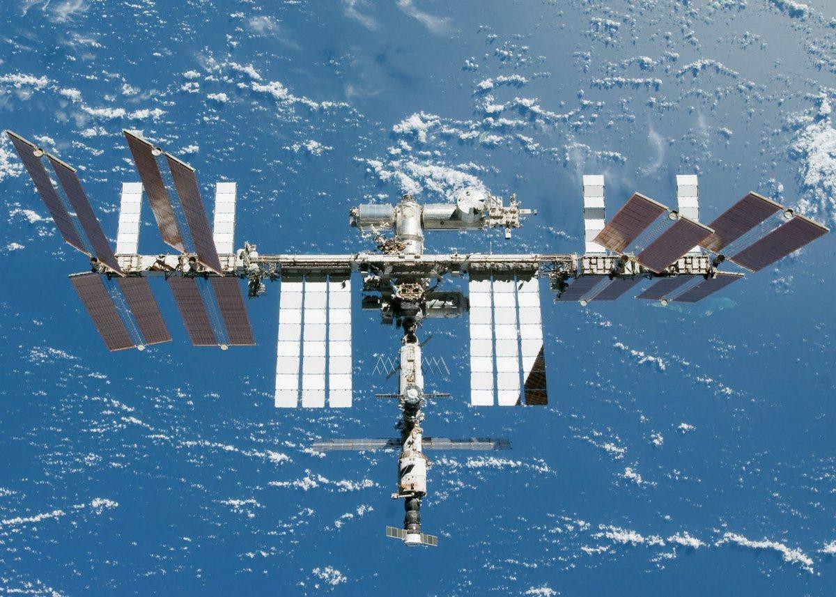 Российские физики считают, что космонавты могут работать на орбите в два раза дольше, чем сейчас - 1