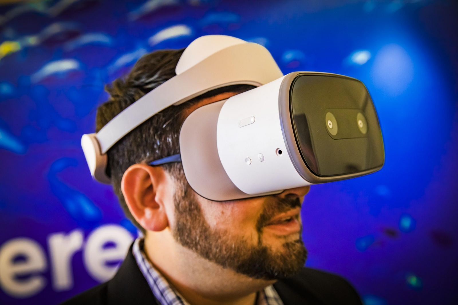 Что собой представляют последние VR-хедсеты от Facebook и Google - 8