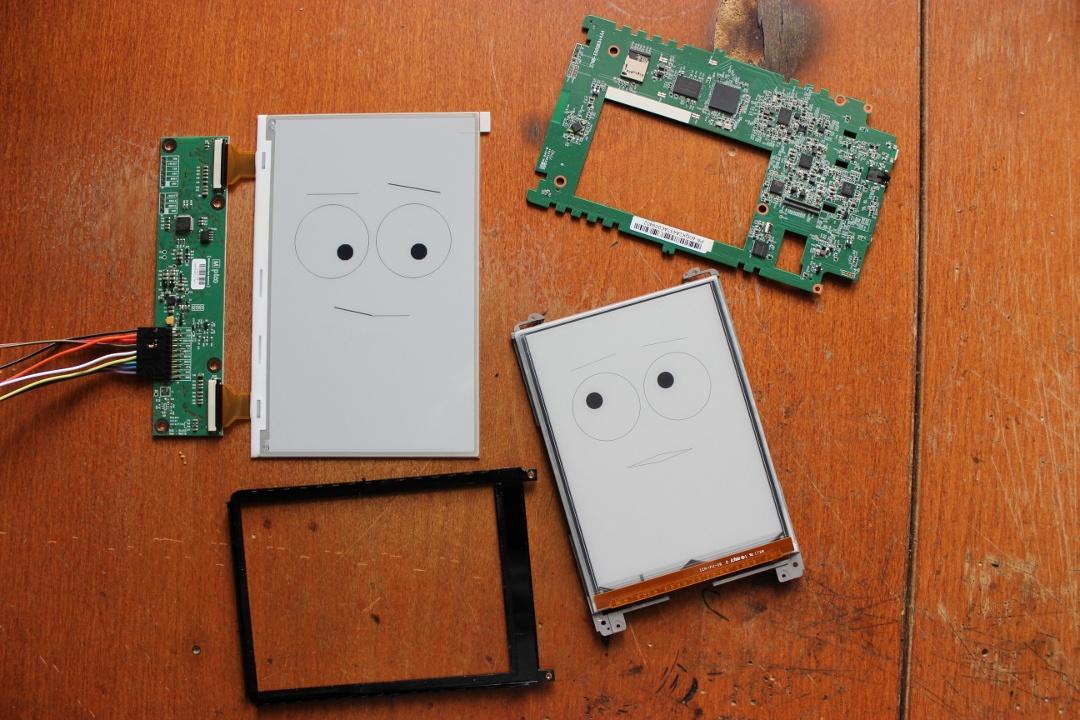 Суровый хенд-мейд от инженера-электронщика: разбираем PocketBook 631 Plus и оснащаем его солнечной батареей - 15