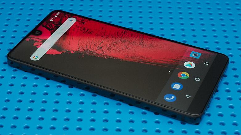 Essential обещает обновлять прошивку своего единственного смартфона до 2020 года, как бы ни разворачивались события
