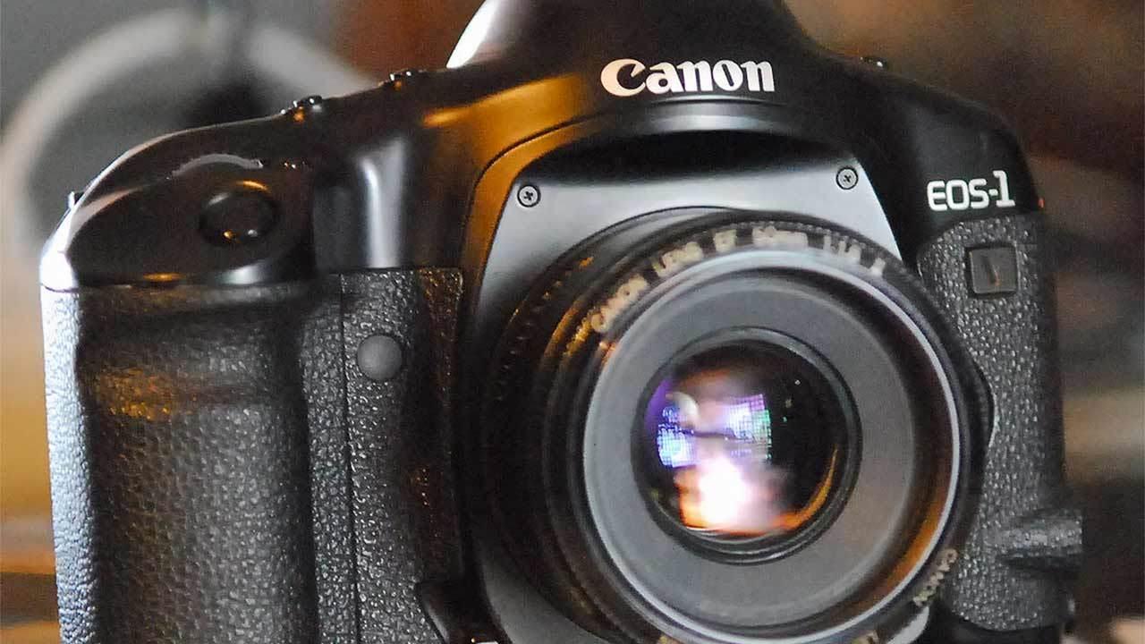 Пленка все: Canon прекратила продажи пленочных камер - 1
