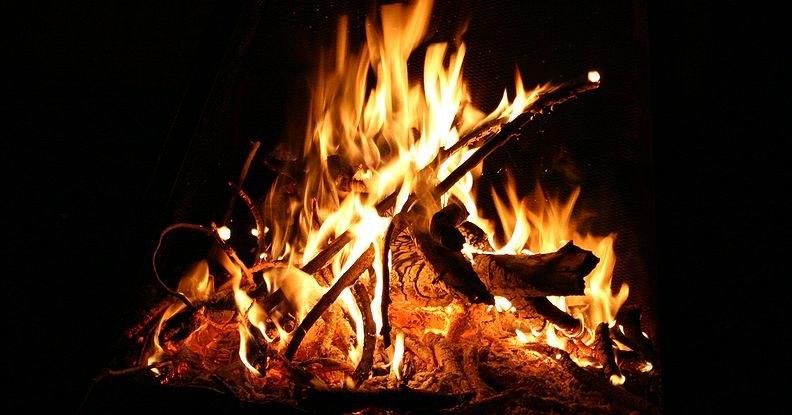 Как человек укротил огонь?